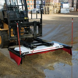 BM-150 Push Broom 1.52m / 60""