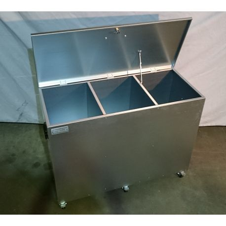 Mobile 3 Compartment Feed Storage Bin